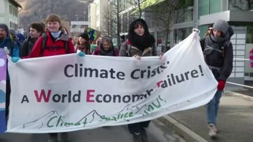 Forum de Davos: 50 ans de réunions entre « riches et puissants » ?