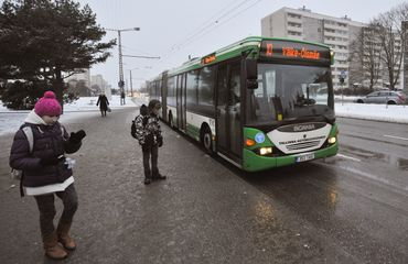 Un bus à Tallinn, capitale de l'Estonie