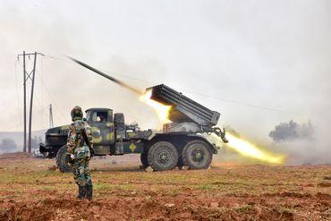 Forces de l'armée syrienne attaquant des positions rebelles, le 2 janvier 2020