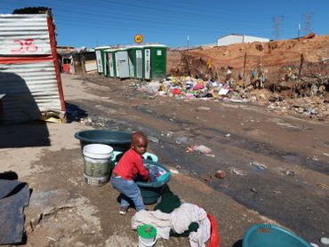 A Alexandra, les habitants vivent souvent dans une extrême pauvreté.