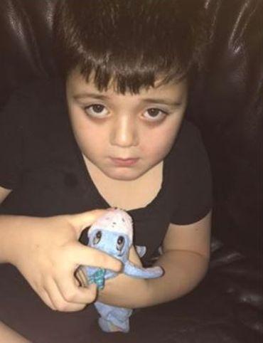 Dario, 8 ans, autiste sévère