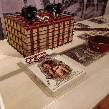 Quelques reliques et oeuvres inspirées des écrits du Marquis de Sade