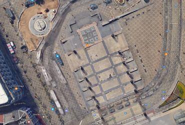Vue aérienne de la place St Lambert actuelle et son ancienne cathédrale