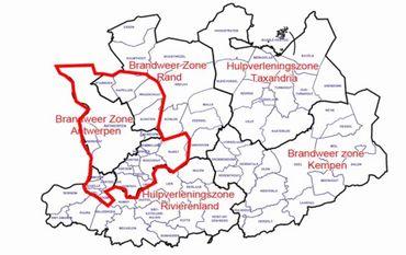 Carte issue du communiqué de la gouverneure de la province d'Anvers. Dans les zones entourées, les événements seront interdits et les centres de fitness seront fermés.
