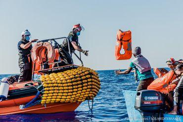 Opération de sauvetage au sud de Lampedusa dans une zone maritime Maltaise