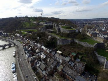 Citadelle de Namur et bord de Meuse