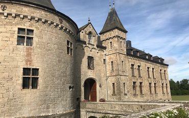 La Château de Boussu-en-Fagne vue de la Façade avant.