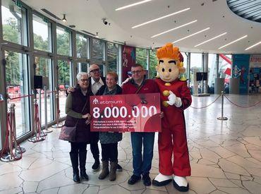 Le 8 millionième visiteur de l'Atomium depuis sa réouverture en 2006