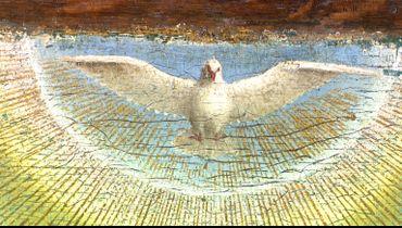 La Colombe, symbolisant l'Esprit Saint, survole avec grâce et légèreté la scène d'adoration