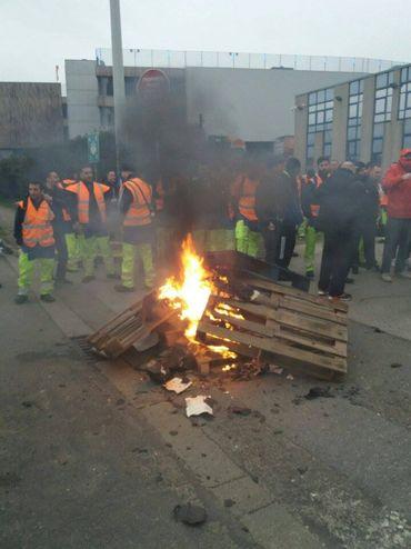 La collecte des sacs-poubelles perturbée ce matin à Bruxelles