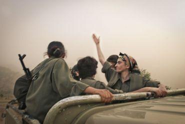 """Colin Delfosse - De la série """"Les Amazones du PKK"""""""