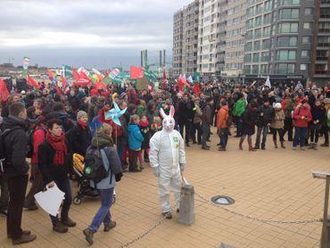 Avec cette marche, les organisateurs demandent une réponse forte et solidaire des décideurs à la problématique du réchauffement climatique.