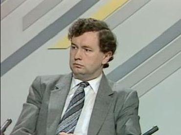"""René Campé dans l'émission """"Faire le Point"""" en 1986"""