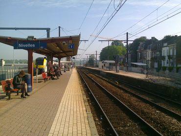 Quai de gare à Nivelles