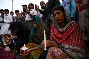 Des Pakistanais chrétiens se recueillent à Islamabad le 22 avril 2019 en mémoire des victimes