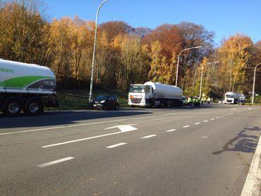 À l'approche du site de Feluy, les camions bloqués s'additionnent