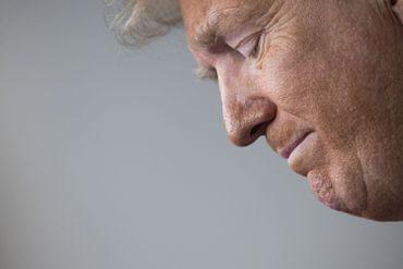"""Coronavirus aux USA : """"Opening Up America Again"""", l'astucieux plan de déconfinement et de relance de Trump"""