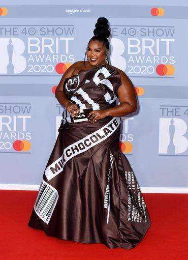 Brit Awards 2020: un tapis rouge aussi glamour qu'excentrique