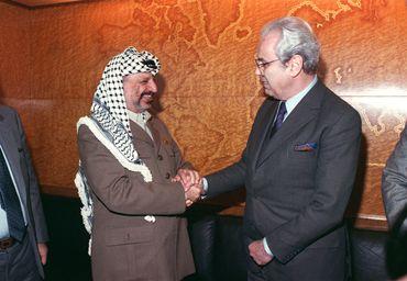 Rencontre avec le président de l'Autorité palestinienne Yasser Arafat en 1988