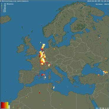 Les impacts de foudre en Europe ce 8 août 2018 à 1h du matin