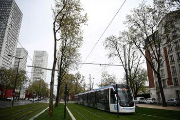 Nouvelle ligne T9 en banlieue parisienne