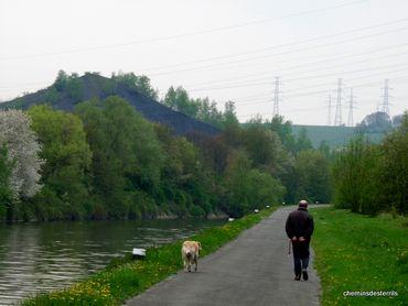 La Boucle noire. Un nouvel itinéraire de randonnée balisé à Charleroi !