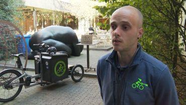 Kevin ne voit que des avantages dans l'utilisation d'un vélo cargo.