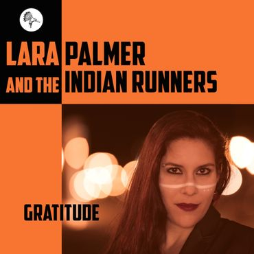 Lara Palmer & The Indian Runners dans We Will Rock You