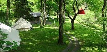 Randonnée et bivouac dans parc de Furfooz, aux portes de l'Ardenne
