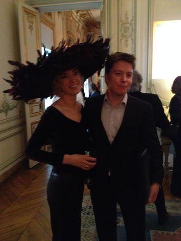 Fabienne Delvigne et un journaliste de France 4