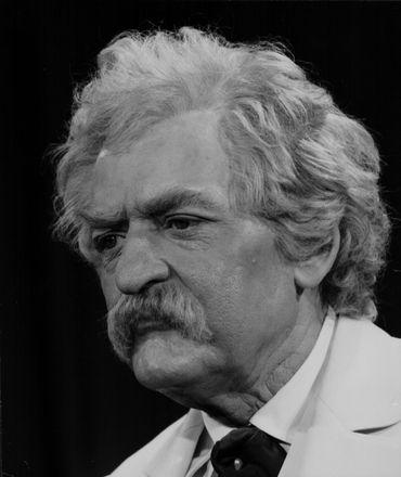 Hal Holbrook sous le maquillage de Mark Twain