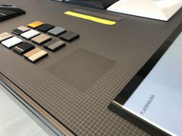Un des carrés de la table d'atelier.