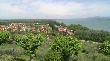 Castiglione del Lago en Ombrie: le village qui résiste aux sirènes du populisme