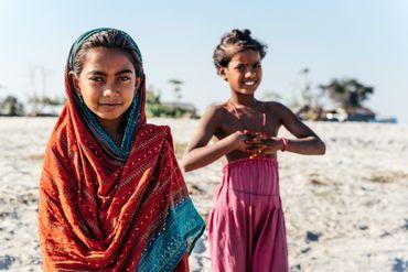 Aucun service public, pas d'électricité, ni eau courante... un avenir bien compliqué pour ces enfants.