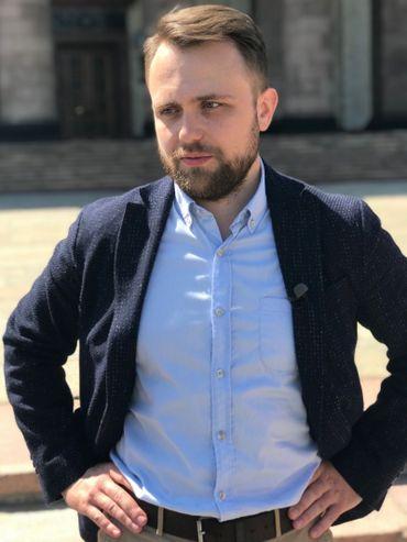 Alexandre Zamyatine, ancien étudiant de l'université et diplômé en physique.