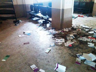 L'intérieur du ministère de la Justice après le passage des manifestants en colère.