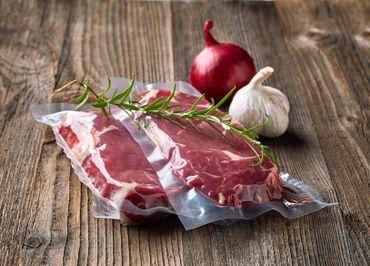 Dans son petit magasin, la Ferme Saint Paul propose la viande d'une seule bête à la fois, et donc le filet pur est un peu comme un petit trésor à déguster une fois de temps en temps!