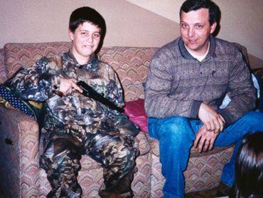 Andrew Golden avec son père.