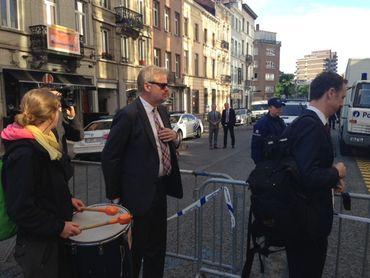 Une quarantaine de militants anti-TTIP arrêtés administrativement près de Schuman