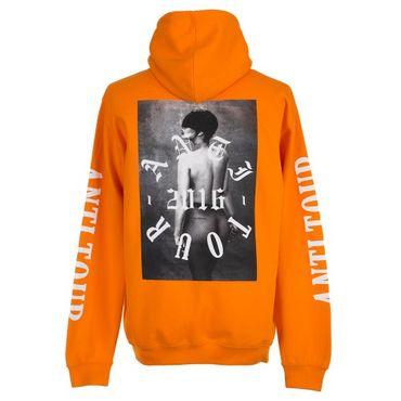 Les t-shirts et hoodies avec Rihanna nue vont être difficile à porter en public