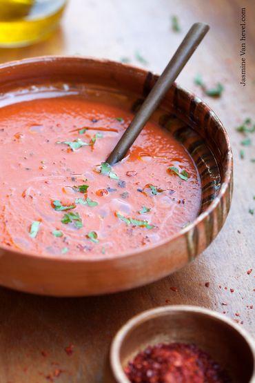 Crème de tomates au curry doux