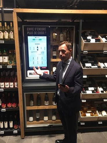 Le  patron de Delhaize Belgique, Xavier Piesvaux, nous présente son nouveau concept.