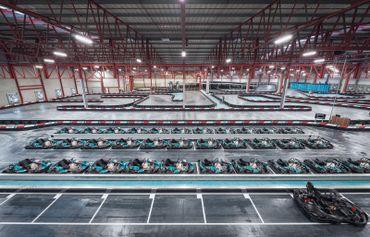 Le plus grand circuit indoor au monde avec une piste exceptionnelle de 1,1 km de long !