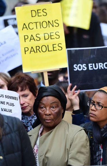 """Une """"marche funéraire"""" se tient en marge du Sommet à Bruxelles"""