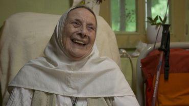 Rencontre touchante entre Sœur Marie-Bernard et Cécile Djunga à Torgny