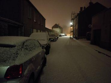 Bruxelles, Mons, Wavre... la Belgique s'est réveillé sous la neige (photos)