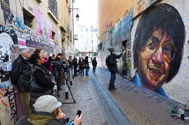 Portrait du dessinateur Cabu (tué dans l'attentat contre le journal), peint sur un mur à Marseille le 09/01/15.