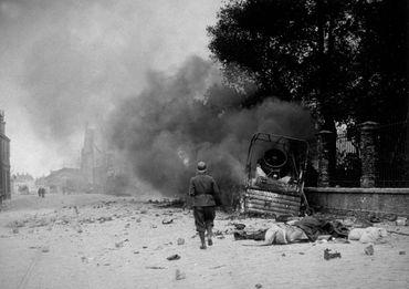 Bombardement allemand sur la poche de Dunkerque, lors de la bataille de France, en mai 40