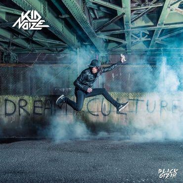 Pourquoi Kid Noize porte-t-il un masque?