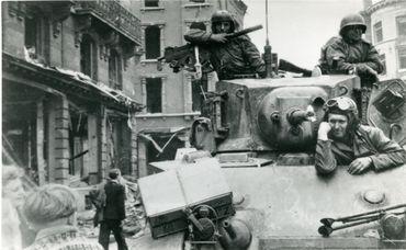 Arrivée des Américains, Liège, photographe inconnu, 8 septembre 1944